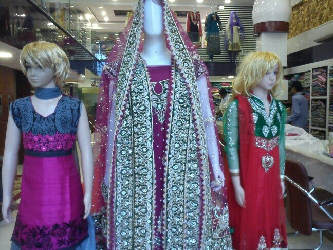 welcome to pakeeza aanchal,  new store , new collection. unlimited collection of the latest