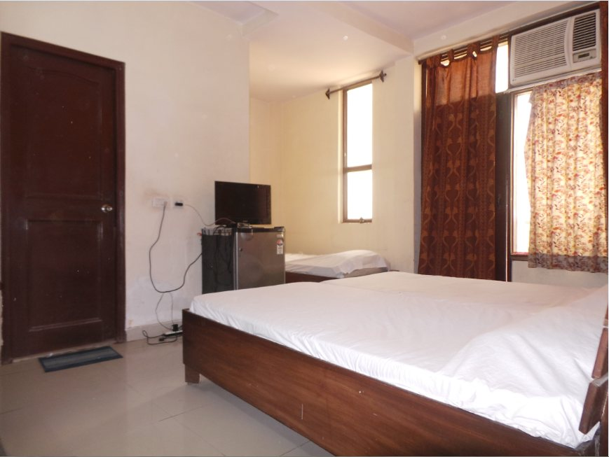 Anant Plaza offers P