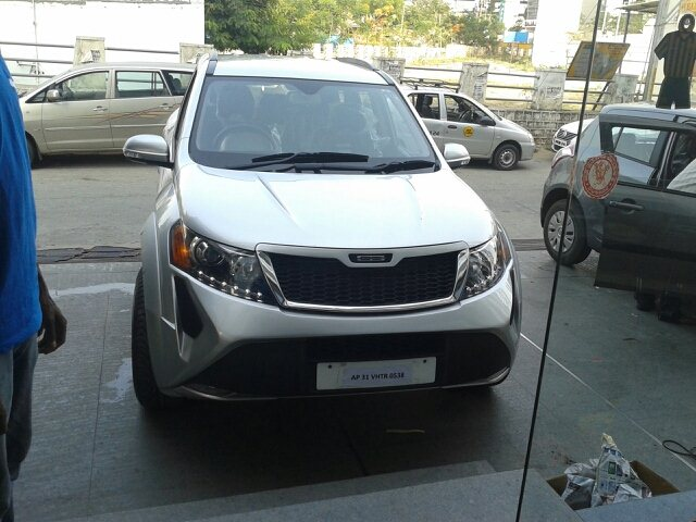 Xuv 500 done at DC upgraded with a rev cam , alloys & alpine audio.