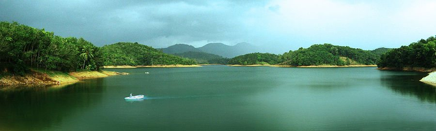 The Neyyar Dam located about 28 km from Hotel Oasis, is a popular picnic spot with a lake and a picturesque dam site. The lake formed by the dam across the Neyyar River is the bluest of blue, making boating irresistible for tourists.  The Neyyar Wildlife Sanctuary of which the dam is a part is the habitat of over a hundred species of fauna including Asian Elephant, Tiger, Leopard, Slender Loris and reptiles like King Cobra, Travancore Tortoise, etc. A crocodile breeding centre and a lion safari park are also located in the dam site.