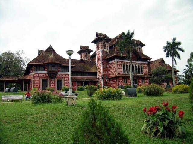 Napier Museum , a landmark in Trivandrum city with its unique ornamentation and architectural style with gothic roof and minarets is at walkable distance from Hotel Oasis.   Established in 1875 , The museum houses a rare collection of archaeological and historic artifacts, bronze idols, ancient ornaments, a temple chariot and ivory carvings.  It also contains the Sri Chitra Art Gallery, which contains works from Raja Ravi Varma and Nicholas Roerich, as well as examples of Mughal and Tanjore art.  Opening hours : 10 A.M - 4.45 P.M,  Tuesdays - Sundays.