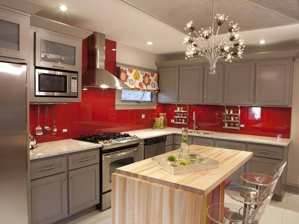 Indian traditional homes as getting used to modular kitchens in a recent decade. Modular kitchens of today are sleekly designed to suit individual needs and preference as well as the available space in any home..
