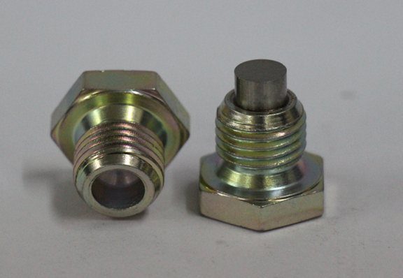 We are the best suppliers and manufacturers of Magnetic Drain Plugs in India.