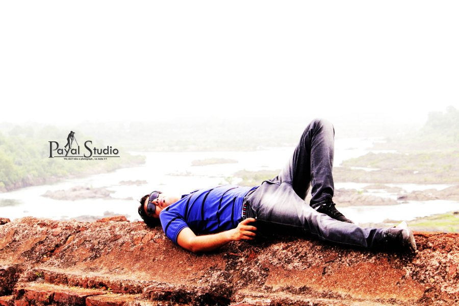 Modelling Photography in Bhopal