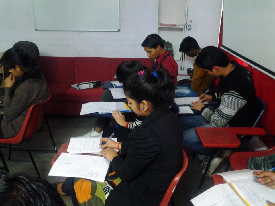 C Tech Cura is a leading institute providing multimedia and animation courses in lajpat nagar, South Delhi. We have faculty having years of experience in providing multimedia and animation training.