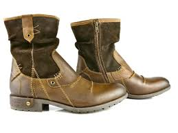 bugati boots availabe on order