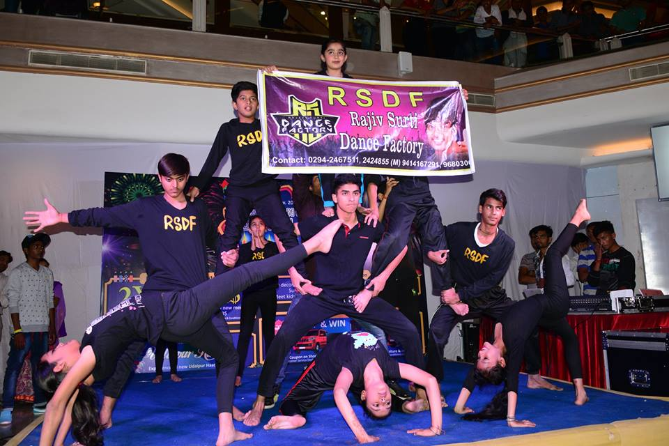 Practice like you've never won,  perform like you've  never lost ! Amazing stunt performance by RSDF at celebration mall, Udaipur !!