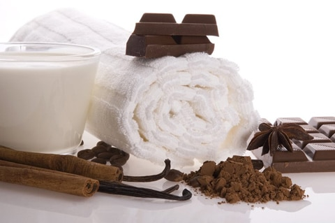 malli's introducing CHOCOLATE OIL BODY MASSAGE.....enjoy to have a smooth, soft & glowing skin