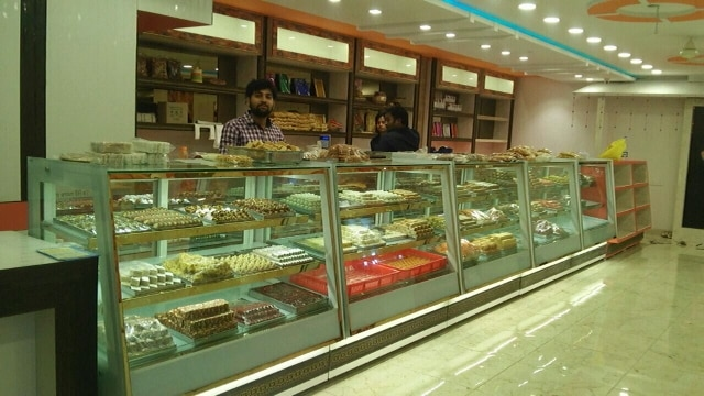 Tirumala Equipment manufacturers of display equipments in industry of display cases and counters, display equipments for bakery, sweet, chat, fast food counters, Manufacturer of Display Counter - Straight Glass Display Counter, Bain Marie Display Counter, Chaat Counter and Sweet Display Counter...