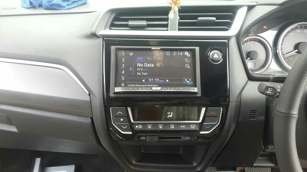 honda brv company headunit replaced with pioneer 80 bt with navigation, front and rear camera and sensors @motominds