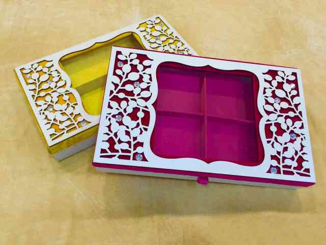 Dry Fruit New Design Box    We are  leading Manufacturer of Dry Fruit New Design Box in Delhi.