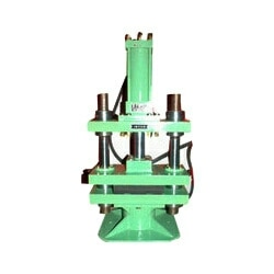 We offer a rage of high gradehydraulic rubber molding machineswhich are manufactured using premium quality raw material. Hydraulic rubber molding machines provide minimum frame deflection under maximum load condition. These machines are well appreciated in the market for excellent performance and effectiveness. Our machines are supplied in standard and customized specifications to suit the requirements of our clients.  Hydraulic Rubber Molding Machine in vadodara Gujarat  Hydraulic Rubber Molding Machine in surat Gujarat  Hydraulic Rubber Molding Machine in bharuch Gujarat  Hydraulic Rubber Molding Machine in vapi Gujarat