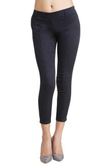 URSENSE M.BLUE DENIM JEGGINGS  Earn an all access pass by wearing this pair of Medium Blue colored jeggings by the named and famed hub of UrSense.Ensuring an amazing fit, these jeggings will help you flaunt your curves. UrSens jeggings have an exquisite solid finishing. One can pair it with a top, peep toe heels and funky jewellery.