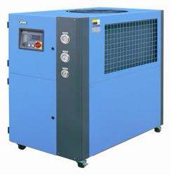 All types of industrial chillers are manufactured with durable quality for long life and good performance . We supply industrial chillers throughout South India .