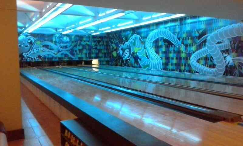 Bowling Alley  At Red rascals Entertainment Depot we have Vadodara's biggest and finest Bowling Alleys.  We are located in Race Course, Vadodara.