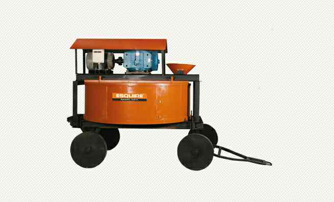 Pan Mixer (Refractory Castable Mixing)  Esquire Machines are Leading Supplier of Pan Mixer (Refractory Castable Mixing) in Vapi.  Esquire Machines are Leading Supplier of Pan Mixer (Refractory Castable Mixing) in Indore.
