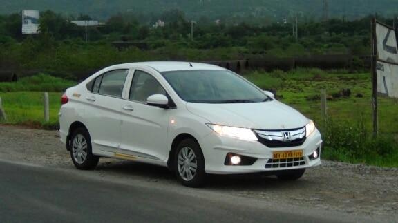 Pune To Mumbai taxi service