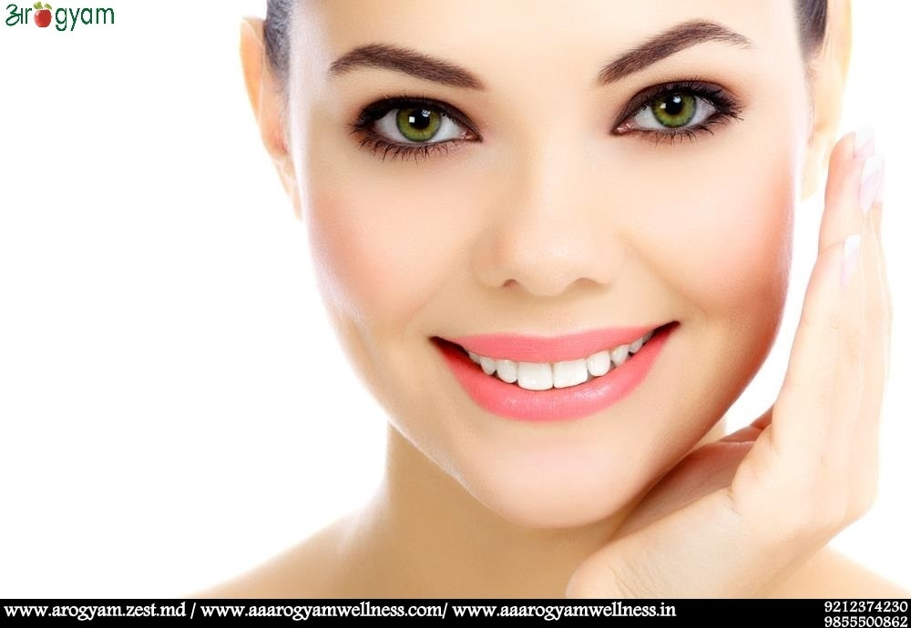 A HEALTHY DIET AND LIFESTYLE CAN MAKE YOUR SKIN GLOWING  If you desire clear & smooth face skin then evaluating your diet should be the first priority. Eat foods that contain high quantities of vitamins D, C, B1, B6, E, A and ALA (alpha Liopoic Acid) . Vitamins C & A especially make the skin smoother by preventing skin spotting. In addition, it is a good idea to increase the intake of antioxidants, omega-3 fatty acids and vitamins from vegetables, fruits and herbal teas to protect skin against dry skin, wrinkles, acne, pimples and much more.  A healthy lifestyle affects not just the way you feel but also the way you look. Regular exercise improves blood circulation and nutrient supply to skin cells. It also keep fine lines and wrinkles away due to increased collagen production. Quit smoking and alcohol and keep moving to look beautiful and ageless.     BEST NUTRITIONIST/ DIETICIAN IN INDIA BEST WEIGHT LOSS CONSULTANT IN INDIA