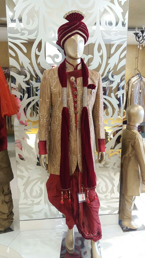 Lastest Design Available In Manyavar Bareilly.