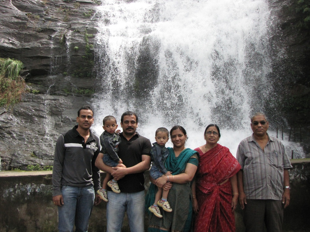KERALA TOURS AND TRAVELS COCHIN   This family said that Kerala Tours And Travels Cochin providing best Munnar Packages.We are feel it that experience. .www.Keralatoursandtravelscochin.com