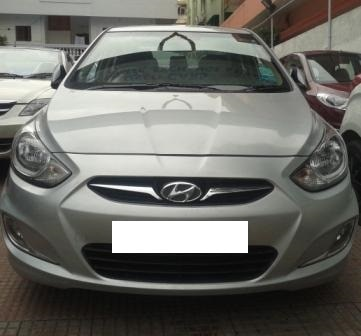 HYUNDAI VERNA FLUDIC 1.6 SX CRDI:MODEL 06/2011, KM 78034, COLOUR SILVER, FUEL DIESEL, PRICE 700000 NEG.USED VEHICLE FOR SALE COMPLEAT SHOWROOM TRACK.