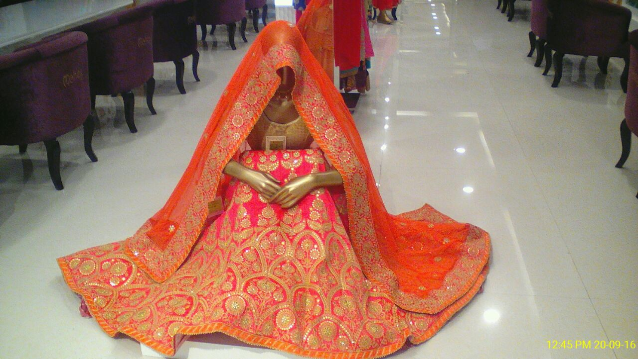 Now, the house of Manyavar will define  women's ethnic wear too : Mohey! Exclusive Bridal Lehenga Available In Mohey Store Bareilly.