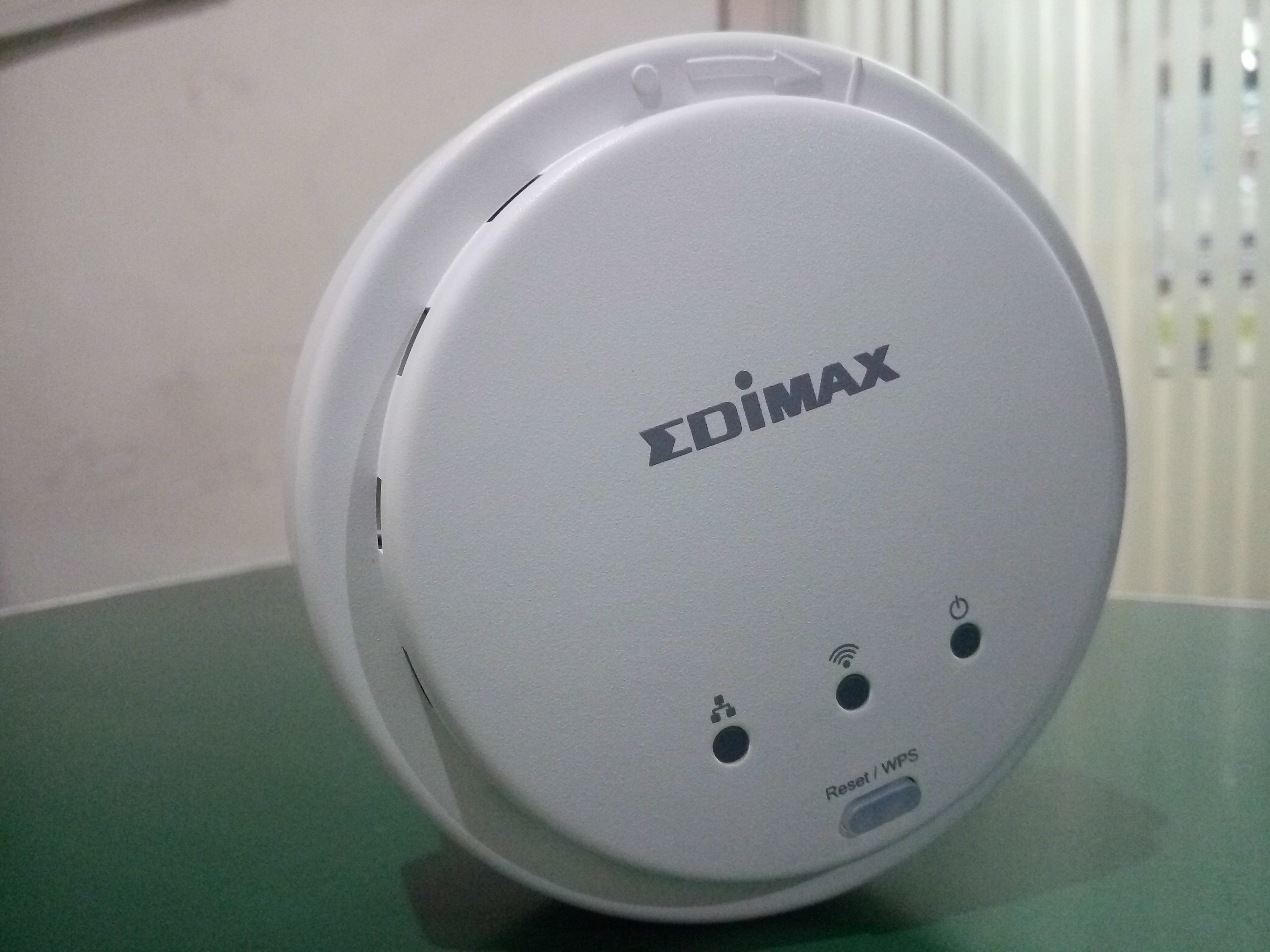 ACCESS POINT used for Hotel,  ACCESS POINT used for coffee shop ACCESS POINT used for restaurant ACCESS POINT used for office,  ACCESS POINT used for lobby ACCESS POINT used for meeting room.