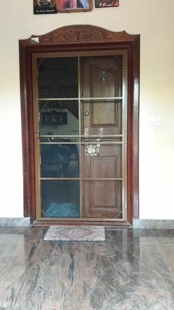 outer frame mosquito door