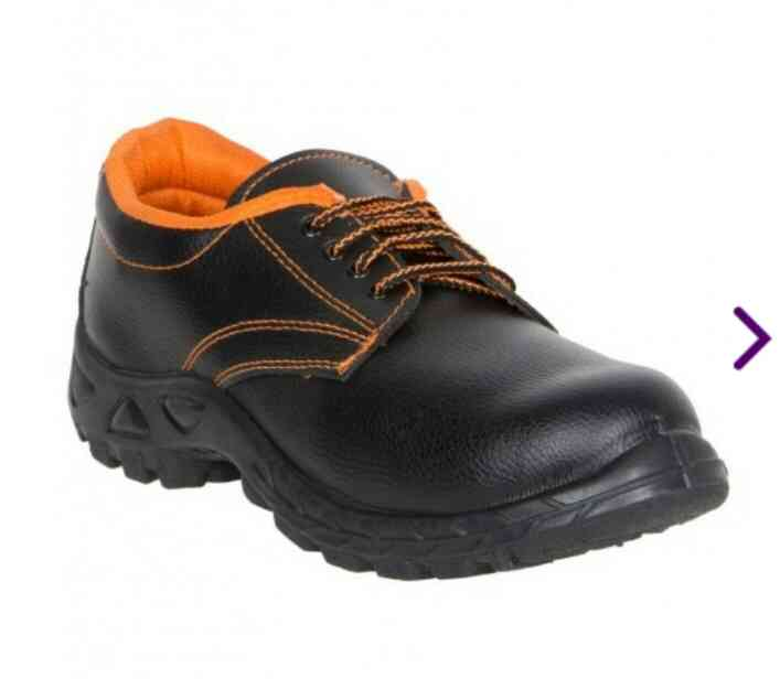 Diwali Discount on Safari pro brand Safety shoes - Safex Labour safety shoe - pack of 24 pairs just @ 3120 Rs.