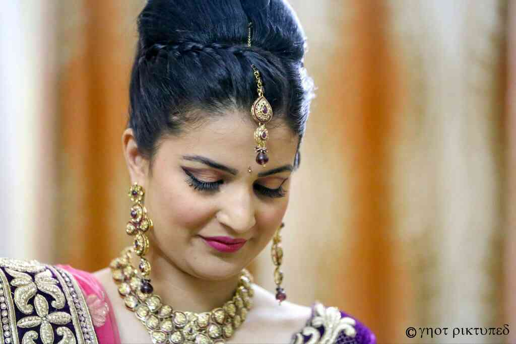 Getting a different look for different functions is very essential. Get that Fashionista look by D& M Professional Makeup Team.   Get a complete gorgeous bridal, HD makeup or fashion makeup trial done before you finalise your look.