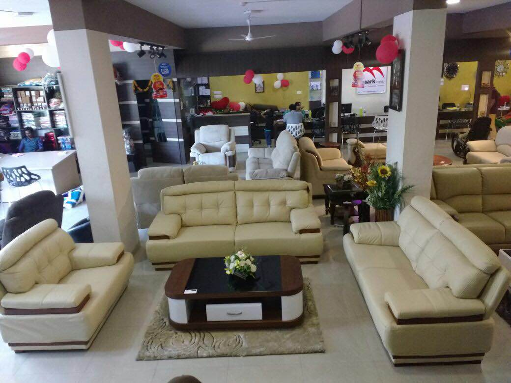 Wow collections only at Maark ..extra happy for this Diwali ..buy furniture get extra Furn to this Diwali ..extraordinary collections, leather sofa , Reclinear  sofa, corner sofa.contemporary models..new arrivals, celebrate this Diwali with the MAARK Trendz furniture ..biggest furniture showroom in Tamilnadu