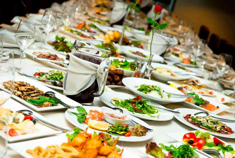 we are the one of the veg and non veg caterers in bangalore located basavanagudi.....