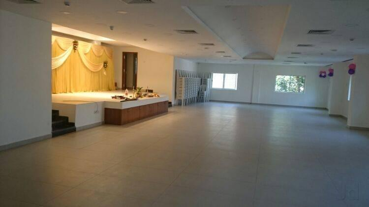 We are the best reception Halls in Madipakkam, we have vast spacious Reception Halls in Madipakkam.