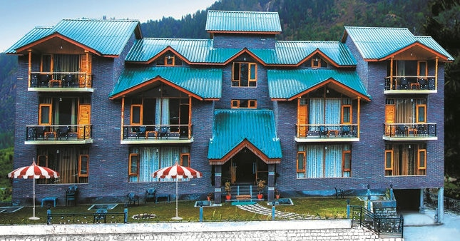Best Hotel in Manali  Manali is the most striking & charming city, widely popular for its hot springs, snowy hills and scenic beauties. It's a magical hill station known as 'the valley of gods'. Are you looking for Luxurious 4 star Hotels in Manali? So the best 4 Star luxurious Hotel is Thomas Villa, A Unit of Jain Hotels and Resorts, No one like Thomas Villa, A luxurious stay in Hotel and Cottages, Pure vegetarian Multi Cuisine restaurant with the Choice of Jain Foods, best Choice for the Vegetarians to stay there and enjoy the delicious foods, Thomas Villa arranges the best accommodation and Special Welcome to their national and international guest those are coming from the various city and Countries of around the World. Best thing Hotel is near to mall road and the complimentary pickup and drop service is too good, Only for the guest those are coming by Volvo bus. Thomas villas arrange a Honeymoon packages for the honeymooners and made their stay memorable, also deal in Manali Volvo Tour package for their guest. Strongly recommendable to all kind of tourist e.g religious, adventures, leisure, Honeymooners.