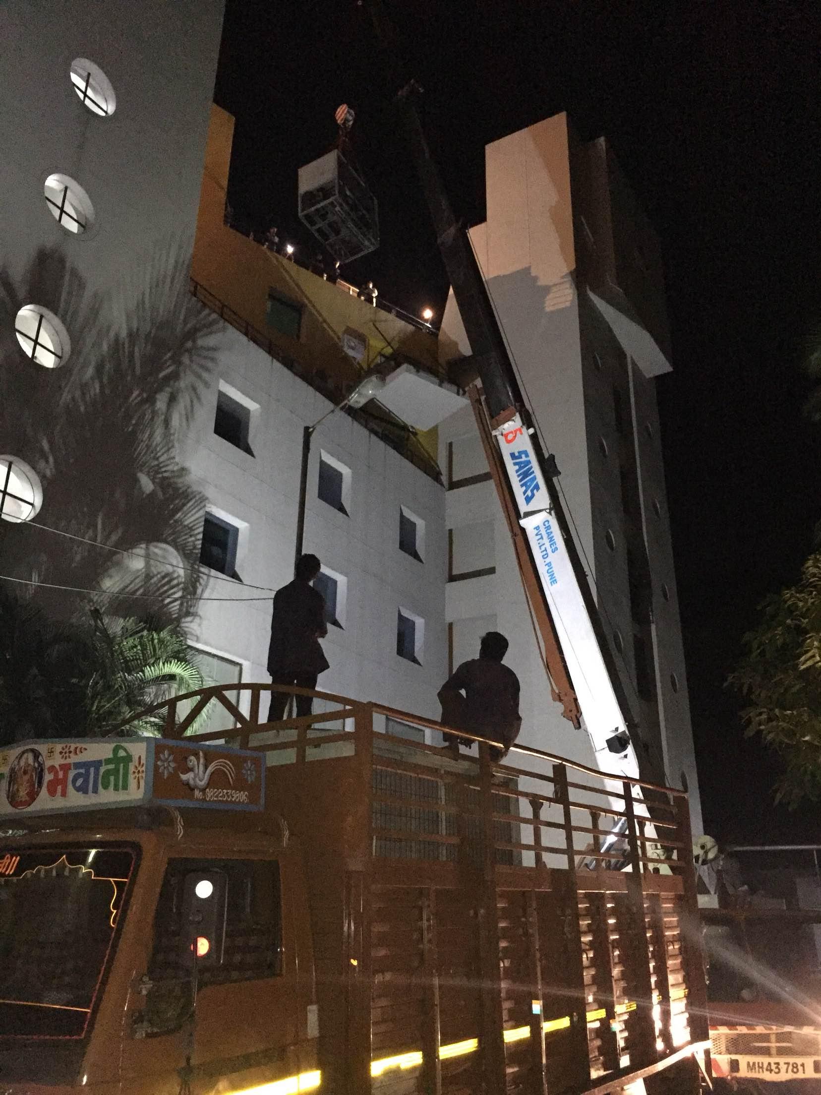 #50T crane#Night work#Pune#Pimpri#Chakan#Hydraulic Cranes#12T to150T#Manual machinery shifting