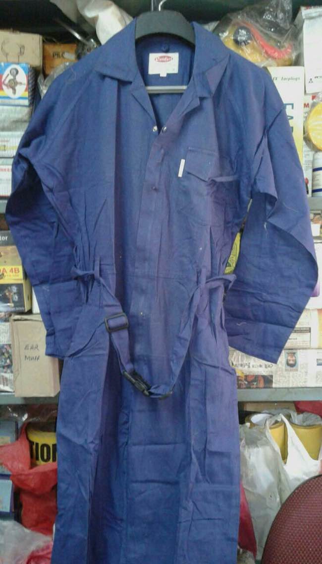 Boiler Suits  Made up of 100per cent cotton Flame Proof Coveralls also are available Can be customised as per client specification Available in a variant of colours such as red, blue , orange. Sizes available are M, L and XL