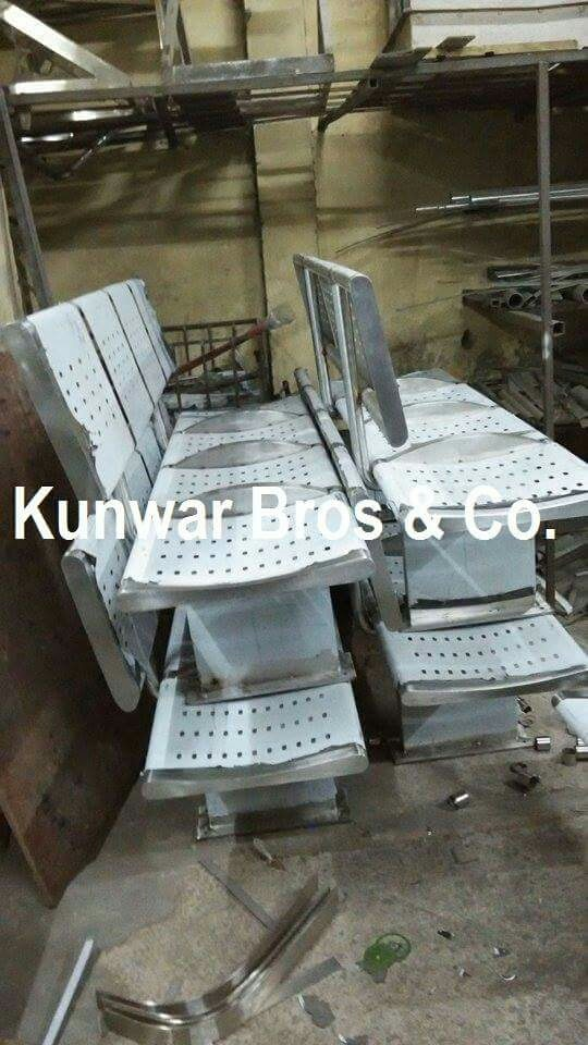 Top Quality Steel Bench Manufacturer and Suppliers in Noida