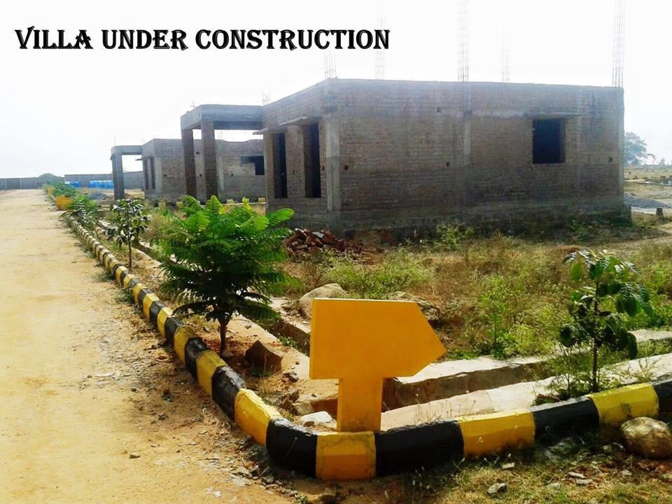 independent villa at the rate of 16.5lacs in hosur