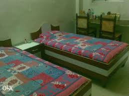 Boys PG available near Aricent & AON                                     Our PG is located near Aricent and Aon Multinational Companies, just 5 minute Walkable Distance on main Sohna Road, ( Subash Chowk )