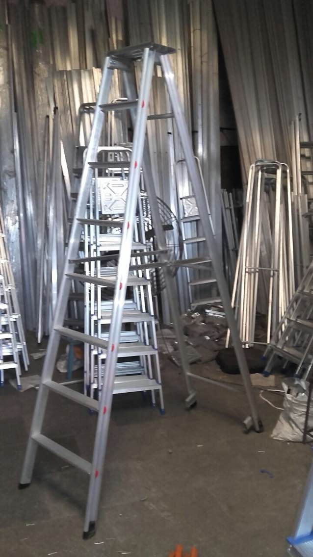 #Alumnium Self Suporting Ladders  We are the manufacturers of a wide range of aluminium ladders  We manufacture self supporting ladders, wall supporting ladders, tower ladders, extension ladders etc  To know more call our customer care number on 9892334699