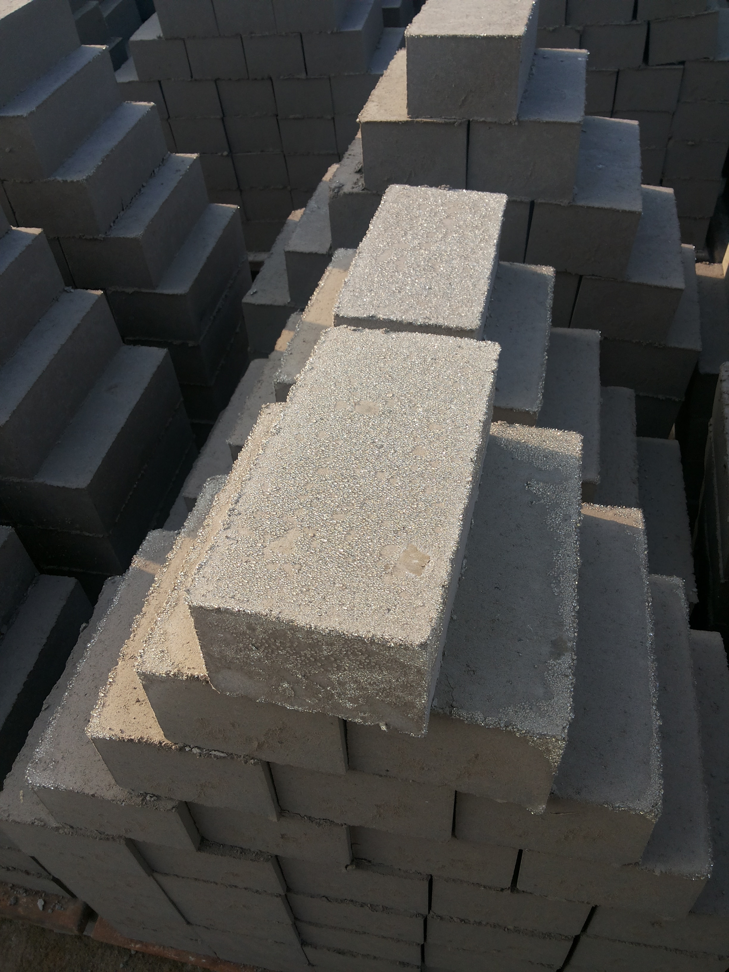 Ponmani flyash Bricks Quality flyash bricks