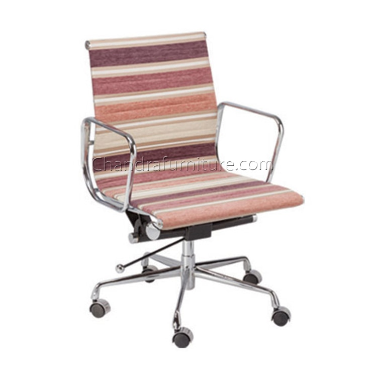 Office Furniture Manufacturers  Chandra's Seating Collection has swiftly become a name to be reckoned with in the world of superior quality office furniture manufacturers. They specialise in supplying top-grade furniture to offices, multi-national organisations, corporate houses as well as residences in not only India but around the world. What has kept their number one rating intact for successive years now is a basic yet extremely elegant design, a non-compromising attitude towards quality and an interminable resolve to do better every time.  Chandra's-Astra-Series-GA-509 A For Details: Chandrafurniture.com Contact : 098291 53151