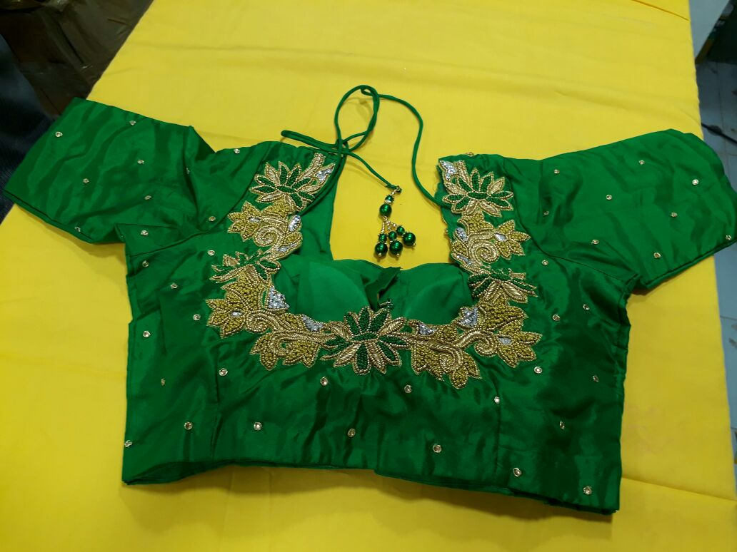 Tailoring in chennai, tailoring in kodambakkam  we can stitch all type of embroidery blouse, normal blouse, cut blouse  around in chennai  Express Delivery