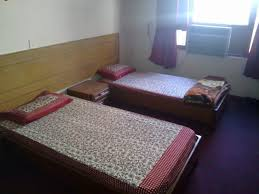Looking for a PG, or a A/C- non A/C Room for some Days?            your All Answers are With Us Just Call or Visit Our Site www.shreedurgapg.com or www.boyspg.in and we Get a Free Pik and Drop Facilities for Site Visit of our PG and Hostel we Provide Free WiFi at our all Locations of Gurgaon