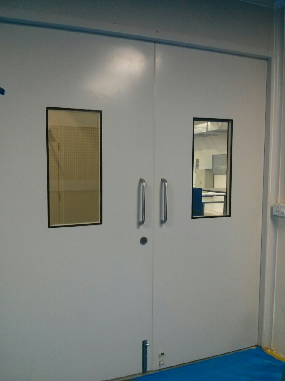 Puf insulated door Supplier in chennai: We are the leading supplier of Puf insulated doors and fire resistant doors. available in various sizes with view glass. cost also reasonable. It is durable and Strong.