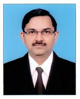 Best Institute For Civil Services Examination in Delhi  Daksh IAS has Achieved Milestone In The Civil Services Examination in The Recent Years By Producing All India Toppers Under the Ablest Guidance of Praveen Pandey Sir. His Sober and Student-Friendly Personality Has Made Him Win High Accolades.  For Complete Information Visit at http://dakshias.com