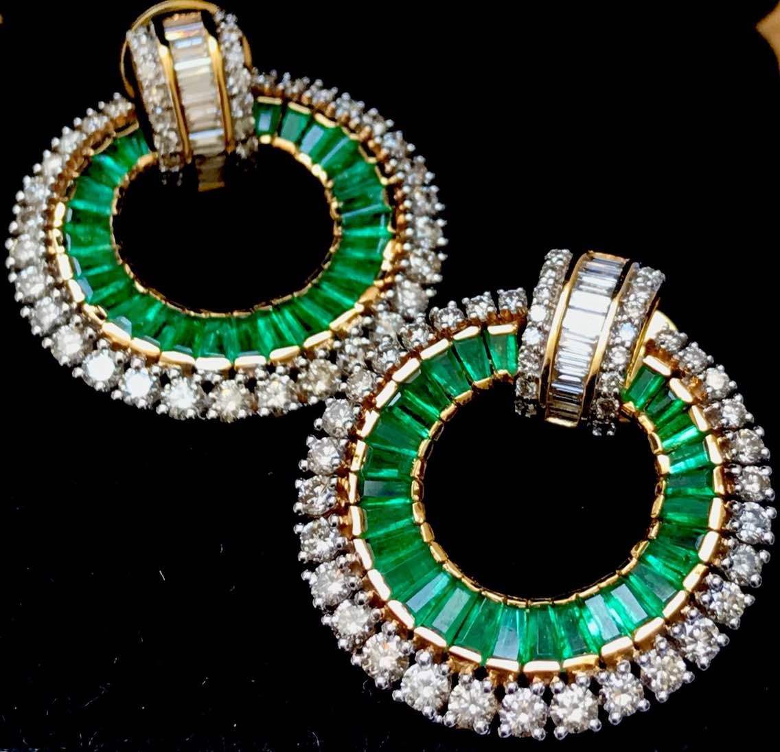 Exclusive Designer Emerald Jewellery that's not only rich looking but also pocket friendly, Shop now at our Jewellery Showroom cum Factory Outlet in jaipur to explore the best of Gemstone Jewellery Collection.