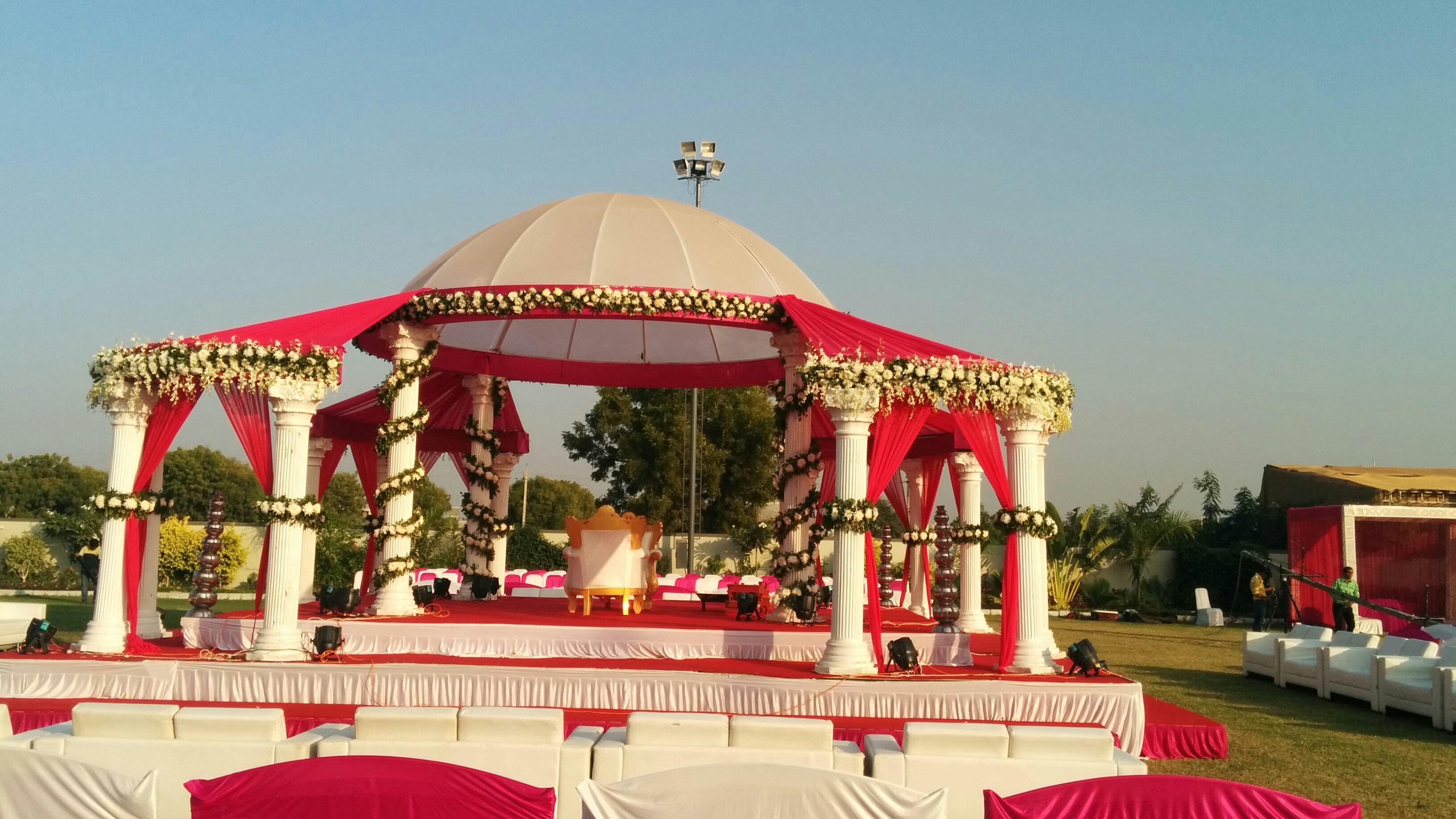 Party plot contact ganesh decorators best wedding decorators theme based wedding decorators in memnagar ahmedabad for customise wedding and theme based decoration contact junglespirit Gallery