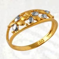 Gold Jewellery Manufacturer in Delhi We provide Gold Jewelry in the form of Ladies Gold Rings, Gold Earrings, Gold Necklace Set, Gold Pendant Set and Mens Gold Rings.  For the best deals and offers please contact us.