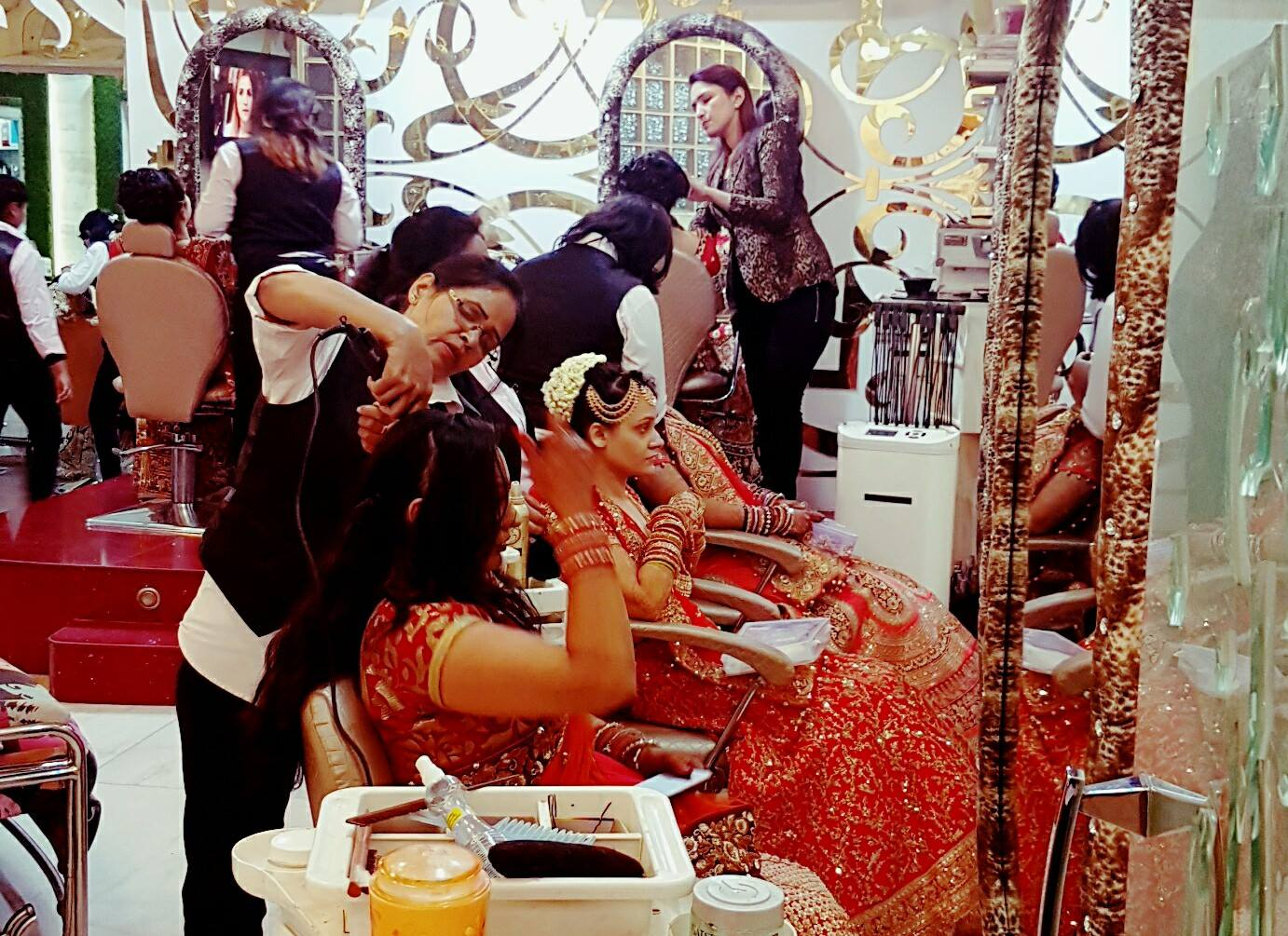 The awesome wedding times at Star salons
